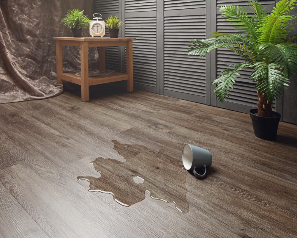 Click flooring tile effect